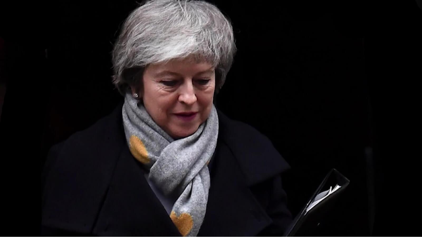 Brexit dopiero w 2021 r.? Premier May znów odkłada głosowanie ws. brexitu